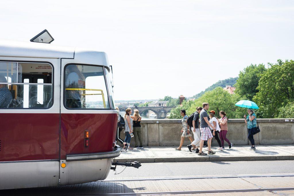 Praga Czechy Bohemia tramwaj