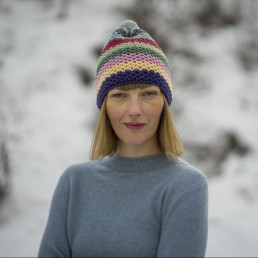 różnokolorowa czapka 100 % merino